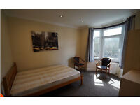 3 Bedroom House to Let In Leyton E15 2BD