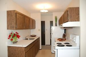 You can Rent 2 Bedrms for $620. 50% Off July Rent!! Hurry!!!