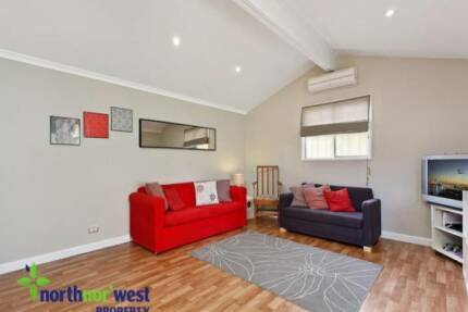 Granny flat in West Ryde, great for young couple.