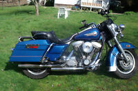 2 Sweet Harleys to choose from. See pics & videos.