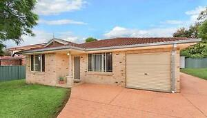 For Rent Large Room - DOONSIDE -  Brick Home Next Train Station Doonside Blacktown Area Preview