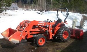 TRACTOR WITH LOADER, SNOWBLOWER & FINISHING MOWER