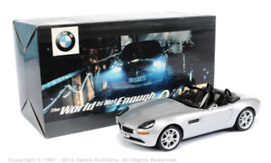 BMW Z8 Cabrio 007 Bond The World is Not Enough Kyosho 1:43