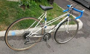 Classic Ladies Raleigh 10 speed - Good condition. Kitchener / Waterloo Kitchener Area image 2