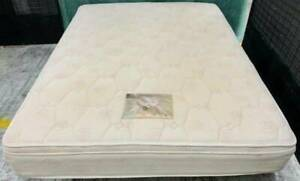 Excellent Pillow Top queen mattress #6. Delivery can be organised