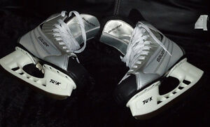 Man's skates almost new