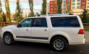 Beautiful 2012 Lincoln L SUV PRICE REDUCED