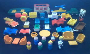VINTAGE FISHER PRICE LITTLE PEOPLE 40 piece ACCESSORY LOT