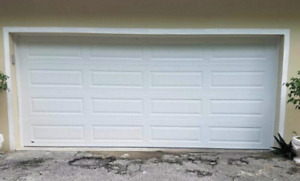 Brand new 10x7 insulated garage door (r10)