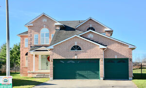 SINGLE FAMILY DETACHED HOUSE - 4 BEDROOMS, 3 WASHROOM !!!