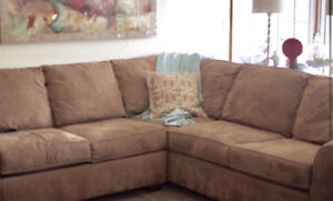 MOVING SALE !!! Nice Sectional Couch