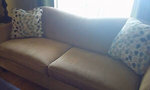 LazyBoy Sofa - Excellent Condition!