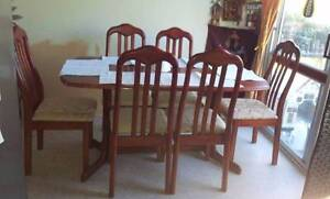 Only $ 200 this beautiful tables and 6 chairs. Kippa-ring Redcliffe Area Preview
