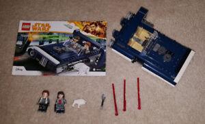 Complete Lego Set - Han Solo's Landspeeder (75209)
