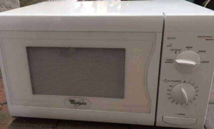 Excellent condition Whirlpool Brand microwave. Delivery available