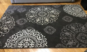 "Brand New Area Rug 5'3"" x 7'6"""