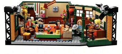 LEGO IDEAS Friends TV Show Central Perk Park Set 21319 New Sealed In Hand 1070pc
