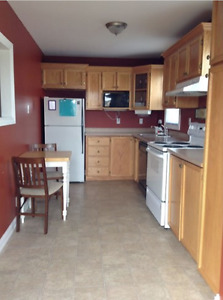 One room available September 1st. Walking distance to MUN!!