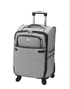 London Fog Stratford 20-Inch Expandable Upright Spinner Suitcase