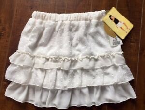 NEW Girl's Sz. 6/6X Off-White Lined Skirt. Paid $13.64.....$6.00