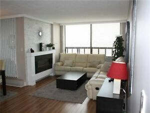 Beautiful And Spacious 3 Bedroom, 2 Baths Corner Unit