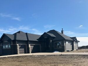 Brand New Luxury Acerage Home 5 minutes from City