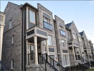 2 Bedrooms Condo Townhouse Home in Mississauga