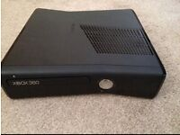Slim Xbox 360 4gb - with 3 games plus kinect