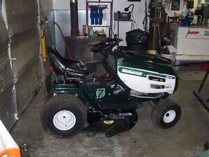 16hp  42''  Lawn Tractor!!
