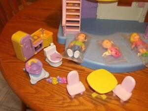 Fisher-Price My First Dollhouse •With furniture and extras London Ontario image 3