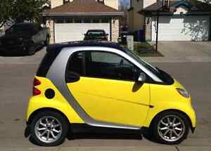 LOW KM -2008 Smart Fortwo Coupe (2 door) - Winter Tires Included