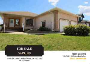 Big Beautiful Open Concept Grand Coulee Bungalow