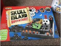 Skull maze game