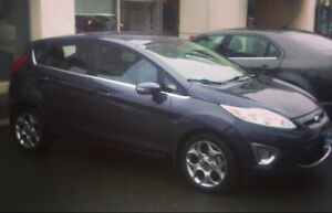 2012 Ford Fiesta SES - 75km, perfect commuter car
