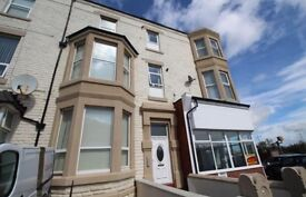 2 BEDROOM APARTMENT TO LET ** PRICE REDUCTION **