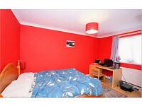 1 Bedroom Flat in Highland Avenue Dagenham RM10 7AS