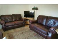 Leather 2x2 sester sofa and pouffe