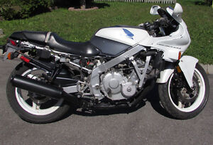 REDUCED - 1990 Honda CBR 600
