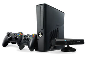 Xbox 360 slim with 2 controllers and Kinect