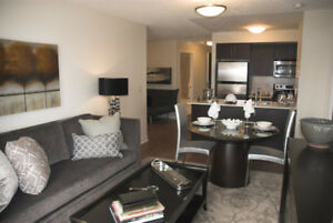 Luxury 2 Bed + Den  Condo Rental! Yonge & Sheppard! Pkg Included