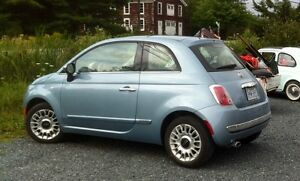 Like New 2013 Fiat 500 Lounge Hatchback