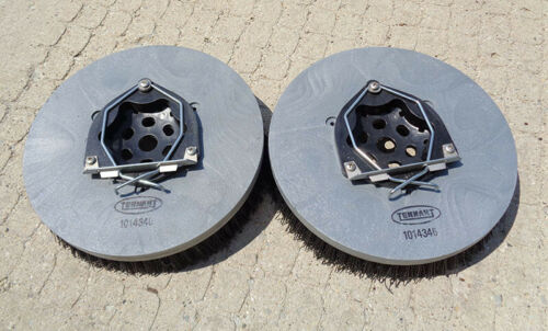 """(2) OEM SCRUBBING BRUSHES,13"""",POLY, TENNANT T7 RIDER SCRUBBER 26"""", 650MM,1014346"""