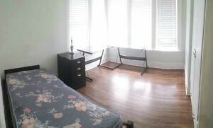 Spacious Rooms Available on Askin Ave., Step to U Of W