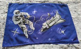 Spaceman Reversable Single Duvet Set Plus Curtains