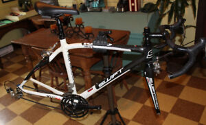 Full Carbon Swift road race bike with Shimano 105 groupset small