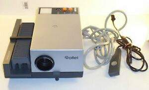 Rollei P350 AF Auto Focus Slide Projector / Remote / Screen Windsor Region Ontario image 1