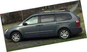 2006 Kia Sedona EX Minivan, Van