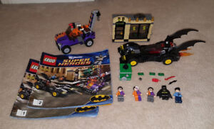 Complete Lego Set - Batmobile and the Two-Face Chase (6864)