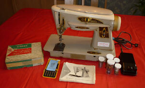 Vintage Singer Sewing Machine Model 503