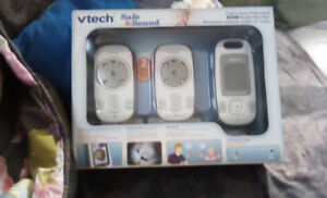 Vtech safe and sound full colour video audio monitor for sale
